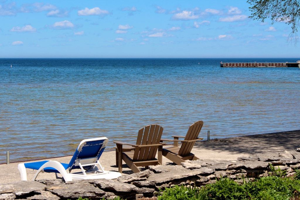 door_county_lodging_on_waterfront
