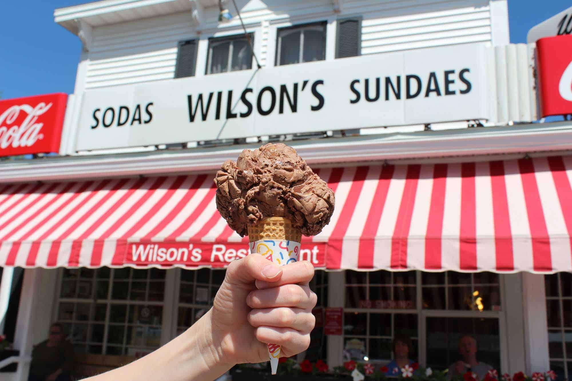 Ephraim Shores places to stay near Wilson's ice cream